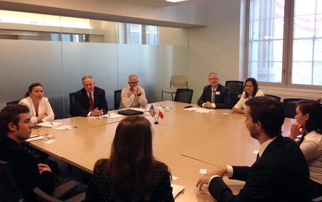 Spotkanie_stazystow_WPHI_PAFW_z_Przedstawicielami_Departamentu_Handlu_www